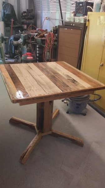 Pallet Table Finished